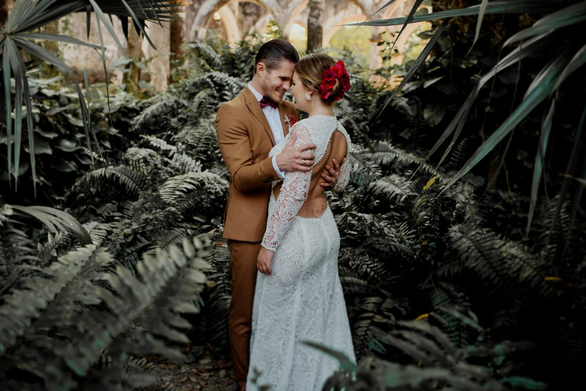 Hacienda Uayamon elopement photographer